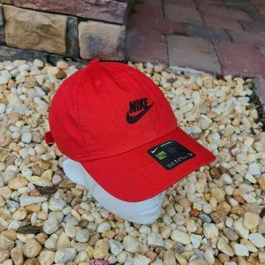 Nike HERITAGE 86 Adjustable Hat women one size red